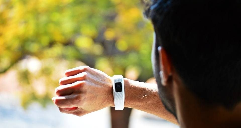 Why You Need To Buy a Fitness Tracker