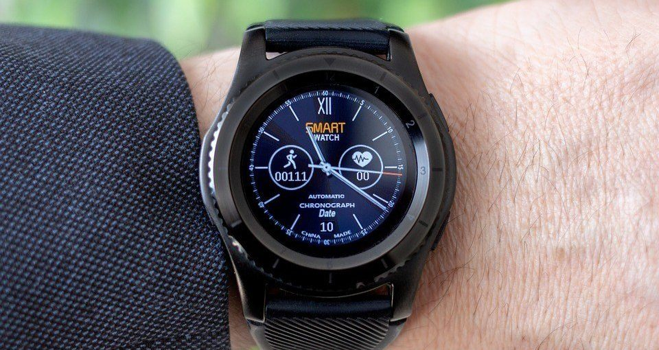 Why You Need To Buy a Smartwatch